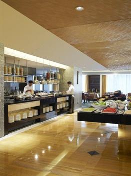 上海浦西万怡酒店自助餐厅
