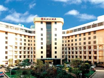 武汉长江大酒店外观图片