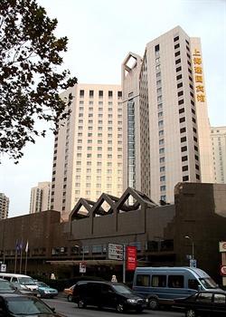 上海建国宾馆酒店外观图片