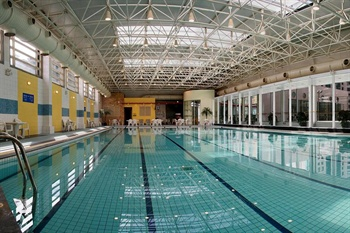 上海光大会展中心国际大酒店游泳池