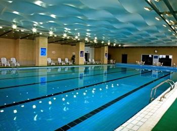 苏州在水一方大酒店游泳池