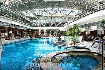 西安豪华美居人民大厦游泳池