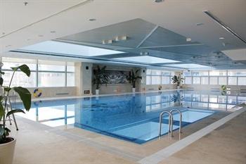 北京方恒假日酒店室内游泳池