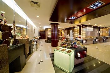 上海华凯华美达广场酒店自助餐厅