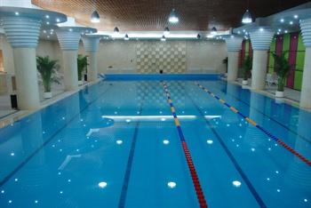 北京首农香山会议中心游泳池