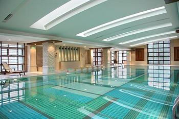 上海南新雅大酒店游泳池