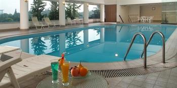 上海园林格兰云天大酒店游泳馆