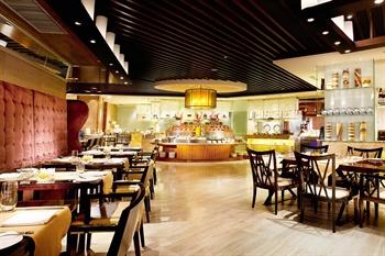 哈尔滨索菲特大酒店聚餐厅