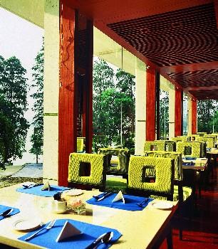 武汉东湖宾馆木兰湖自助餐厅