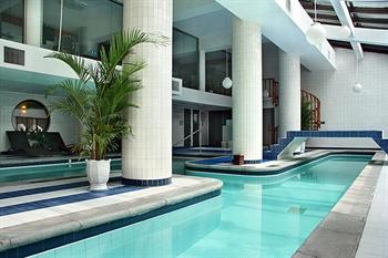 西安建国饭店游泳池