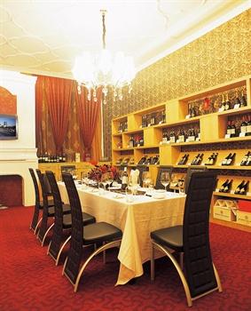 深圳怡景湾大酒店酒窖