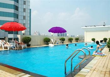 东莞宏远酒店游泳池