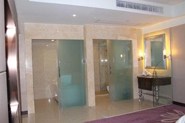 广州克莱顿酒店行政套房洗手间