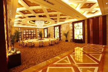山东大厦餐饮包间-黄河厅