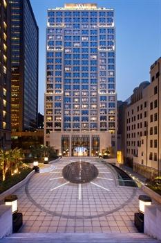 上海外滩华尔道夫酒店新楼外观