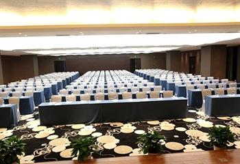 武汉纽宾凯鲁广国际酒店会议室