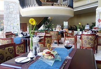 东莞峰景酒店芳菲咖啡厅