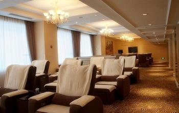 汕尾巴黎半岛酒店桑拿休息室