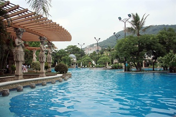 广州增城碧桂园凤凰城酒店室外游泳池