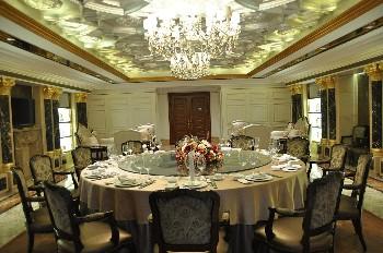 重庆澳维酒店中餐厅包房