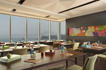 厦门海港英迪格酒店会议室