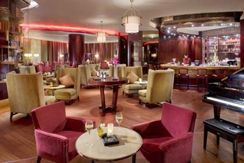 深圳星河丽思卡尔顿酒店酒吧图片