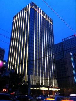 济南富力凯悦酒店外观图片