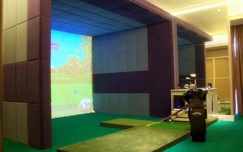 汕尾巴黎半岛酒店模拟高尔夫室