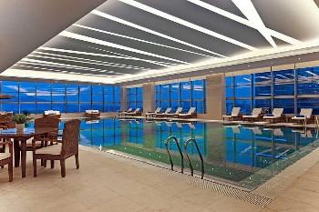 南京金茂威斯汀大酒店游泳池