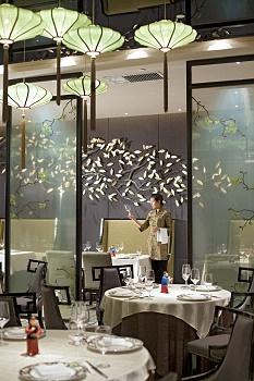 天津中心唐拉雅秀酒店餐厅