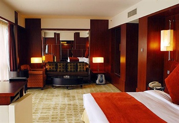 北京昆泰嘉华酒店豪华套房-卧室