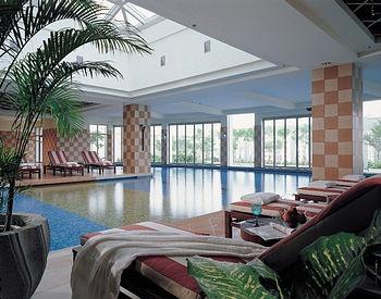 汕头君华海逸大酒店室内游泳池