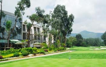 昆明湖景酒店酒店外观图片