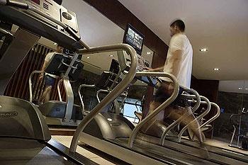 大连中远海运洲际酒店健身房/健身中心