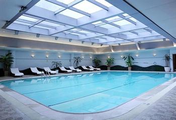 上海古象大酒店室内游泳池