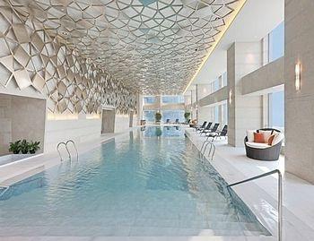 北京金隅喜来登酒店室内游泳池