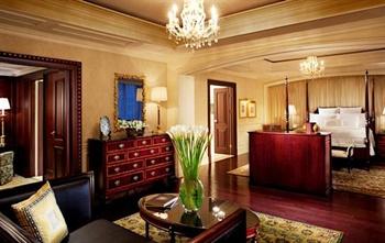 北京丽思卡尔顿酒店(华贸中心)总统套房卧室