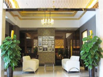 广州达镖国际酒店大堂休息区