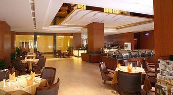 东莞悦莱花园酒店西餐厅