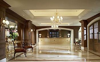 北京丽思卡尔顿酒店(华贸中心)大堂