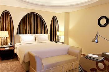 深圳摩登克斯酒店中东大床房