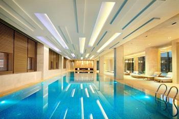 莆田三迪希尔顿逸林酒店室内恒温游泳池