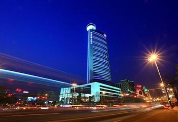 东莞厚街国际大酒店外观图片
