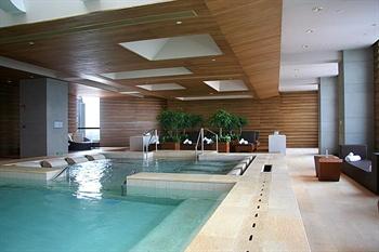 广州富力君悦大酒店游泳池