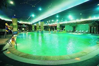 北京世纪金源香山商旅酒店游泳池