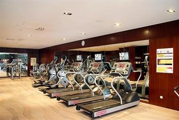 大连中远海运洲际酒店健身房