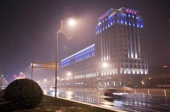 北京湖南大厦夜景外观图片