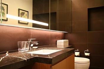 成都盛捷江畔服务公寓豪华行政单房公寓-洗手间