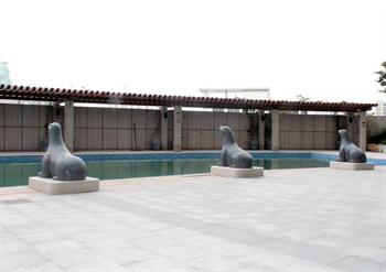 广州云来斯堡酒店游泳池
