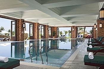 惠州金海湾喜来登度假酒店室内游泳池